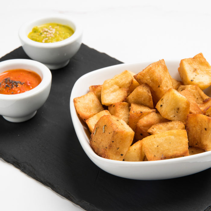 patate al forno speziate con salse mojo